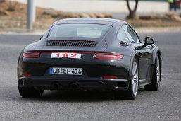 ภาพหลุด Porsche 911 อาจมีเวอร์ชั่นปลั๊กอินไฮบริดให้เลือกด้วย
