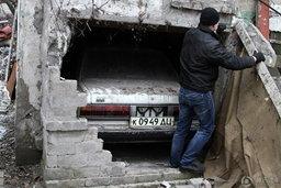 เฮงเว่อร์! หลานชายเจอรถที่ปู่ซ่อนไว้ในห้องลับกว่า 23 ปี สภาพเดิมทั้งคัน