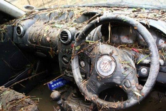 ดูแลรถหลังน้ำท่วม ...เอาอีกครั้งอะไรบ้างที่ต้องซ่อม