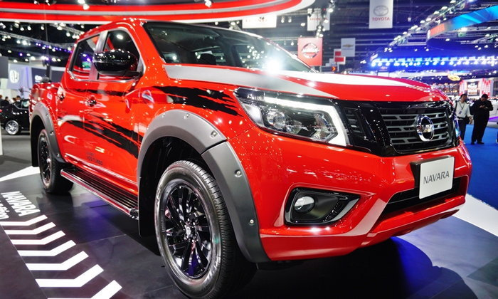 Nissan Navara Black Edition 2017 ใหม่ เคาะราคา 786,000 บาท