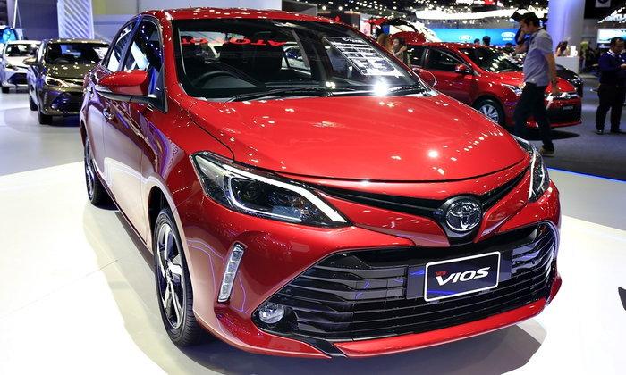 ราคารถใหม่ Toyota ในตลาดรถประจำเดือนเมษายน 2560