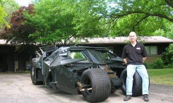 Lambroghini กระจอกไป เจอ Batmobile ฉบับวิ่งได้จริงกันดีกว่า