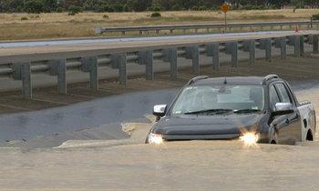 ดูแลรถหลังน้ำท่วมจากเซียน ...ข้อควรปฏิบัติเมื่อประสบภัย