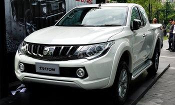 2017 Mitsubishi Triton โฉมใหม่ ปรับกระจังหน้าเข้ม เริ่ม 4.89 แสน