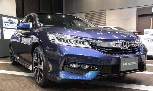 เจ๋ง! Honda Accord Hybrid ไมเนอร์เชนจ์ใหม่ มาพร้อมเกียร์แบบปุ่มกด
