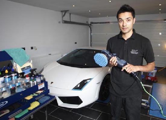 สุดยอดเซียน ล้างรถครั้งละ 3.6 แสนบาท อยากลองไหม?
