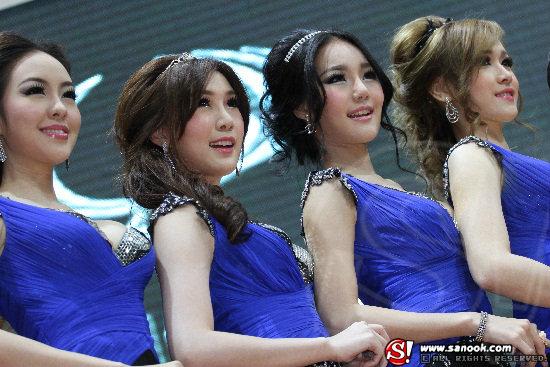 พริตตี้ SSANGYONG Motor Expo 2012