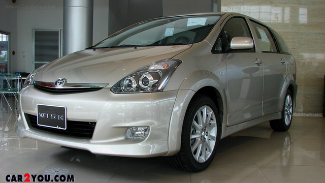 TOYOTA WISH 2.0 Q Limited