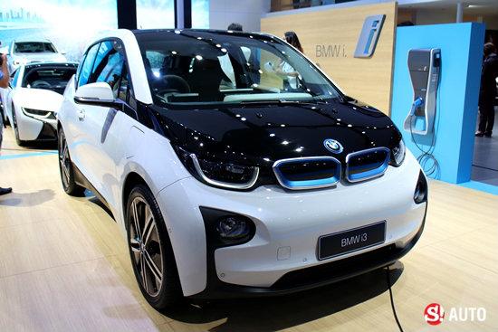 BMW ปล่อย 3 รุ่นไฮไลท์เด็ดงานมอเตอร์โชว์ 2015