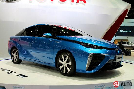 โตโยต้า มิราอิ รถพลังงานไฮโดรเจน 155แรงม้า เติมทีเดียววิ่งได้483กม. ขายแล้วที่ญี่ปุ่น