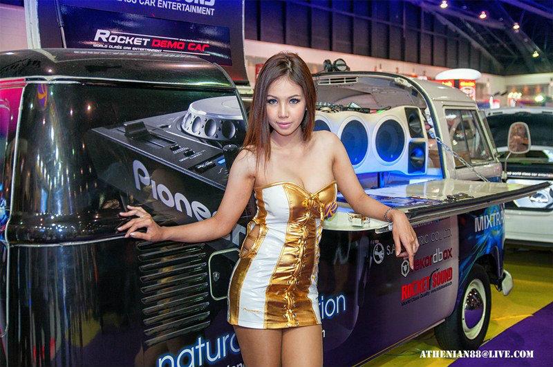 จัดเต็ม พริตตี้ควันหลงจากงาน Motor Expo 2012