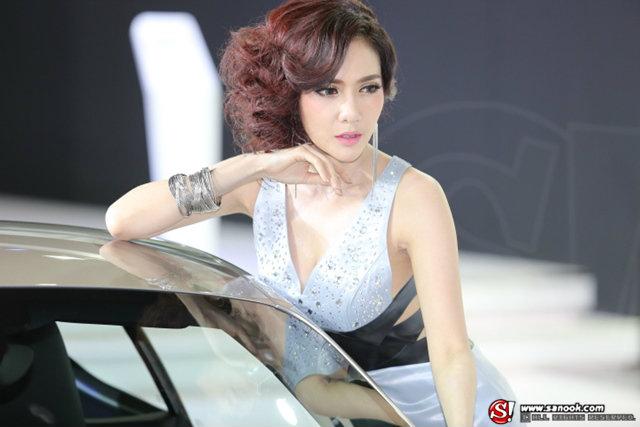 พริตตี้ PORSCHE - Motor Show 2014