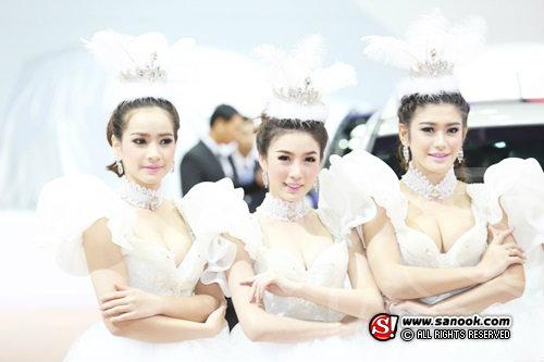 พริตตี้ SSANGYONG - Motor Show 2014