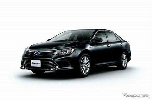 Toyota Camry Hybrid ไมเนอร์เชนจ์ใหม่ หรูกว่าเดิม