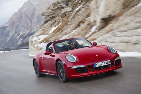 ปอร์เช่ เผยโฉม 911 Targa 4 GTS และ Cayenne Turbo S เป็น 2 รุ่นแรกรับต้นปี