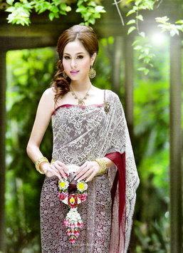 ชุดแต่งงานชุดไทยสวยๆ สำหรับเจ้าสาว