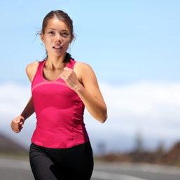 วิ่งจ๊อกกิ้งถูกหลัก ดีต่อสุขภาพเท้าเห็นๆ แถมลดหุ่นได้เป๊ะสมใจ