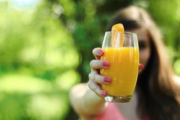 7 เครื่องดื่มเพื่อผิวสวยเปล่งปลั่ง ไม่อยากผิวคล้ำ ต้องดื่มทุกวันนะเออ!