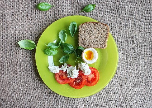 ไขข้อข้องใจ! กินไข่ต้มลดน้ำหนัก ลดความอ้วนได้จริงไหม?