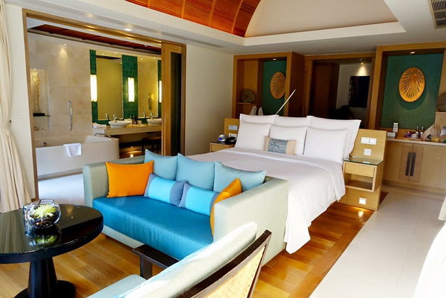 Renaissance Phuket Resort and Spa รีสอร์ทสวยวิวดีที่ให้คุณ slow life ได้เต็มที่กับชีวิต