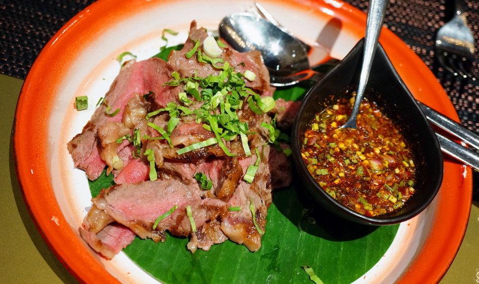 รีวิว อาหารไทยแนว Street Food ในโรงแรมที่แซ่บมาตั้งแต่เชฟ