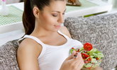 อาหารต้องห้ามกับคุณแม่ตั้งครรภ์ ถ้าไม่อยากให้ทารกน้อยเสี่ยงอันตราย!