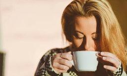 เมื่อแม่ท้องอยากดื่มชา กาแฟ ดื่มอย่างไรให้เหมาะ ไม่ทำลายสุขภาพ !