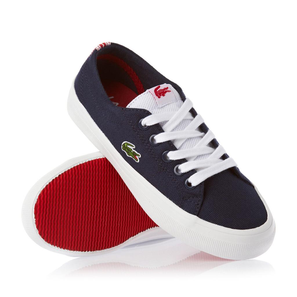 รองเท้าผ้าใบยี่ห้อ Lacoste
