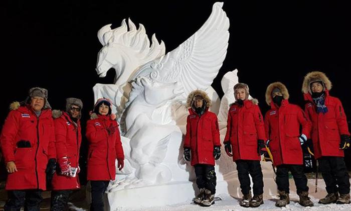 """ไม่แพ้ชาติใดในโลก อาชีวะอุบลฯ สร้างสถิติแชมป์โลกสมัยที่ 9 """"งานแกะสลักหิมะนานาชาติ"""""""