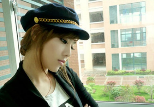 Zhu Songhua ครูสาวสุดเซ็กซี่