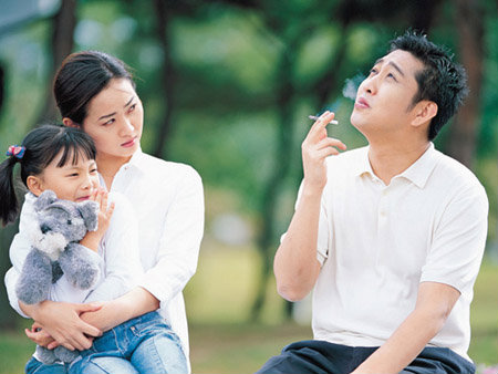 """ควันบุหรี่ มีเอี่ยวกับ """"สมาธิสั้น"""" ในเด็ก"""