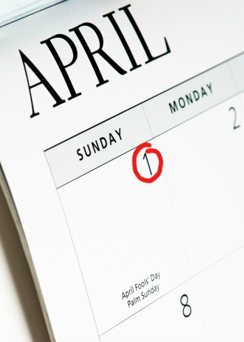 วันเมษาหน้าโง่ (April Fool's Day) 1 เมษายนของทุกปี