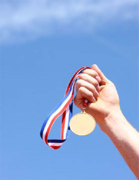 เด็กไทย 3 โรงเรียนดัง เจ๋ง คว้า 3 ทอง 2 เงิน แข่งฟิสิกส์โอลิมปิก