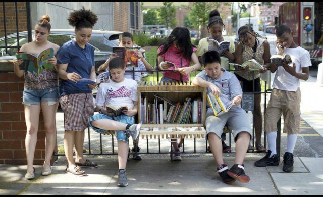 'Word Play' ห้องสมุดยืม-อ่านฟรีกลางชุมชน ความสุขที่คุณแบ่งปันได้