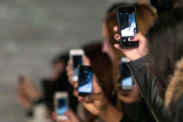 วิจัยพบสมาร์ทโฟน-โน้ตบุ๊ก ฉุดผลการเรียนให้ลดลง