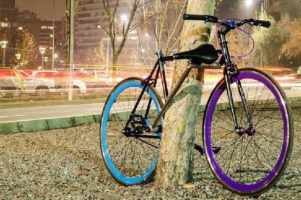 """สุดเจ๋ง! นักศึกษาชิลีผลิต""""จักรยานที่ไม่มีวันขโมยได้""""รายแรกของโลก (ชมภาพ)"""