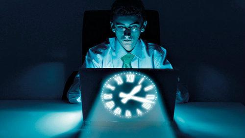 ทำงานกลางคืน สมองเสื่อมเร็วกว่าปกติ!