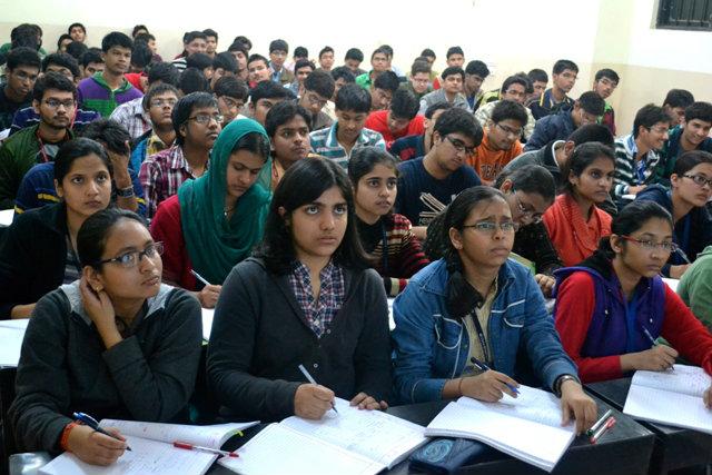 นักศึกษาอินเดียโกอินเตอร์มากกว่าจีน