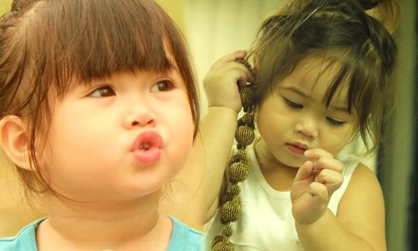 น้องนามรูป ลูกสาวไก่ มีสุข น่าตาน่ารักแต่เด็ก