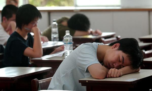นักเรียนเฮ! โรงเรียนหลายแห่งในอเมริกาสร้างห้องนอนสนับสนุนนักเรียน ม.ปลาย 'งีบกลางวัน'