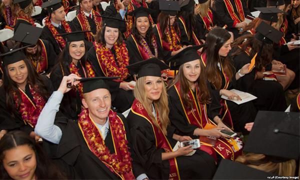 ความแตกต่างด้านรายได้ 'หญิง-ชาย' และการเลือกเรียนวิชาเอกในมหาวิทยาลัย เกี่ยวข้องกันอย่างไร?