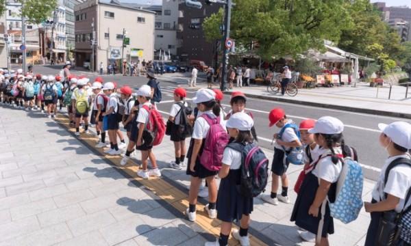 โรงเรียนอนุบาลญี่ปุ่นแตกต่างจากโรงเรียนอนุบาลไทยหรือไม่