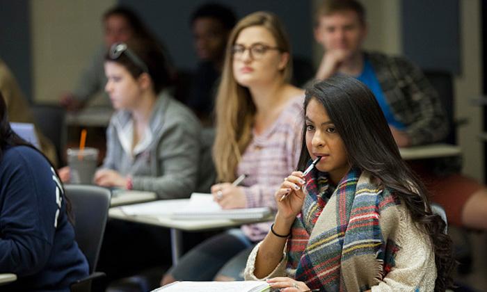 วิธีสร้างจุดเด่นในการสมัครเรียนต่อ จากคำแนะนำผู้คัดเลือกนักเรียนเข้ามหาวิทยาลัยชั้นนำของสหรัฐฯ