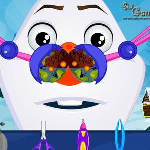 เกมส์อื่นๆ เกมส์ทำความสะอาดจมูก Olaf Nose Doctor