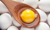 """กินเถอะ! """"ไข่แดง"""" ดีต่อสุขภาพมากกว่าที่คุณคิด"""