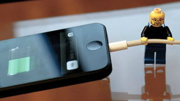 [Tip & Trick] ให้ iPhone ชาร์จแบตเตอรี่ได้เร็วขึ้น ทำอย่างไร ?
