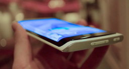 Galaxy Note 4 ใช้หน้าจอโค้งงอแบบ YOUM มองได้ 3 ด้าน