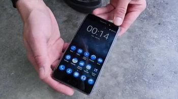 Nokia 6 vs Nokia 3310 DROP Test