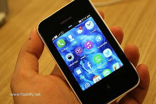 Nokia-Asha-230-Flashfly-01