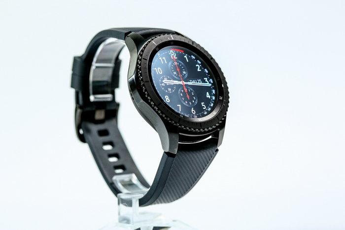"""เอส """"ซัมซุง เกียร์ เอส 3 (Samsung Gear S3)"""